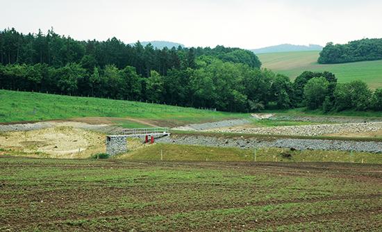 Projekční činnost ve vodním hospodářství: lokální biocentrum